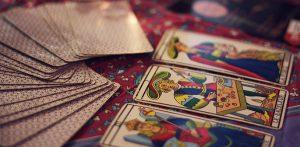 Tarotkort och Zodiaken